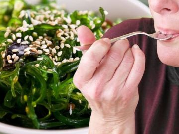 How to live longer: Seaweed reduces diabetes risk, boosts heart health and fights cancer
