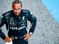 Lewis Hamilton under 'horrendous' pressure as Dario Franchitti gives retirement advice