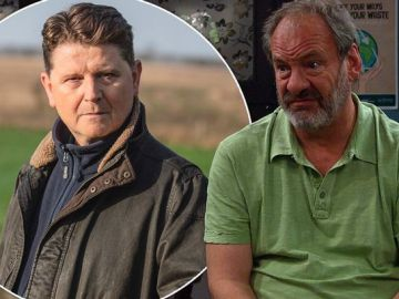 Emmerdale fans fear for soap favourite with shock exit planned