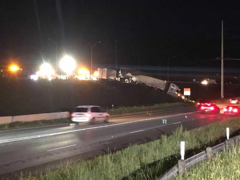 Northbound I-35 closed at Highway 29
