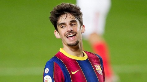 Wolves sign Trincao on loan from Barcelona
