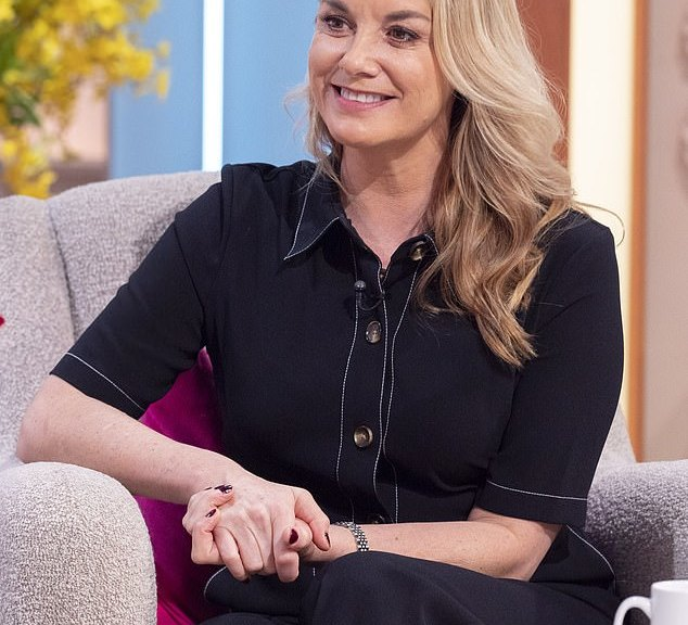 Tamzin Outhwaite was left crying after receiving less than she had earned Expected from the will of her mother, who died in 2006.