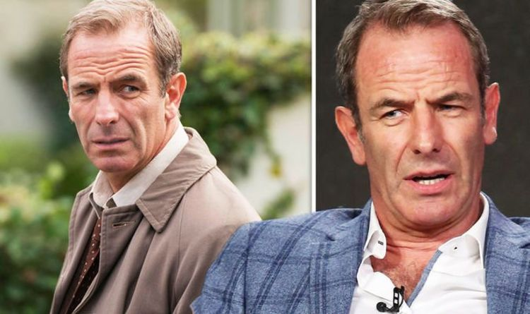 """Robson Green's horrific back: """"I blacked myself out with pain"""" A career-threatening injury almost ended my career"""
