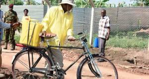 Museveni in Luweero