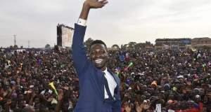 Robert kyangulanyi is a threat to museveni says tamale mirundi