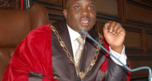kcca-Lukwago claims that Jenniefer musisi and betty kamya want to steal office