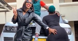 Spice Diana Erotically Feels Winnie Nwagi's Booty