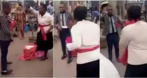 Male And Female Street Preachers Fight Over Preaching Spot, Netizens Hilariously React