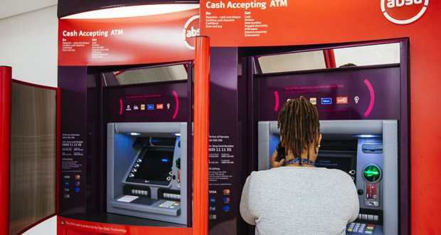 Government May Soon Tax Your Cash Withdrawals From Banks
