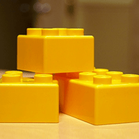 yellow lego blocks