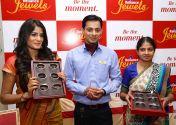 Tabassum Begum, Store manager of Reliance Jewels, Akshay Rai, Showroom Manager of Reliance Jewels and models Divya Gowda, Prathima & Deepthi presented the exclusive Bangle Collection. ​