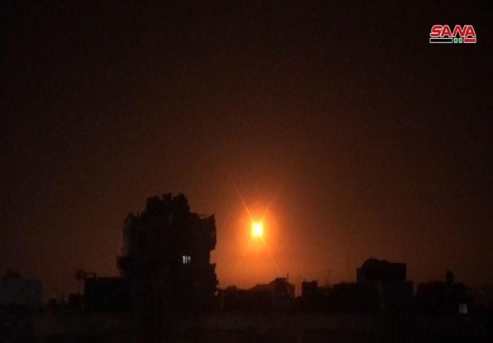 حمله موشکی رژیم صهیونیستی به جنوب دمشق/ 9 نیروی ارتش سوریه شهید و مجروح شدند