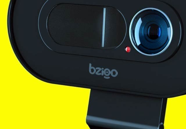 Bzigo uses AI and a laser pointer to detect mosquitoes in your home