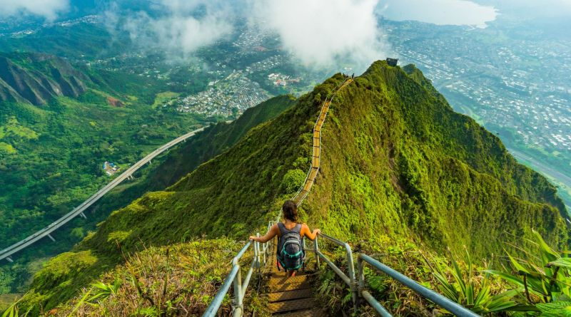 Stairway to Heaven Hawai most Dangerous Tourist Attractions in the World