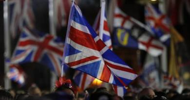 Britain Ends 47-Year Association With European Union