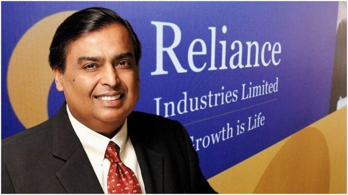 Mukesh Ambani earns 7 crore every hour