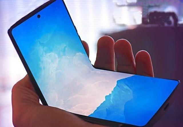 Samsung Z flip Foalding Phone