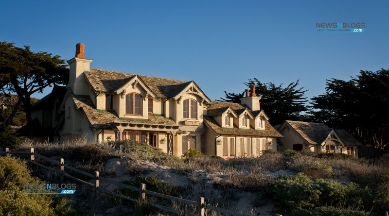 Things to consider when buying a coastal home