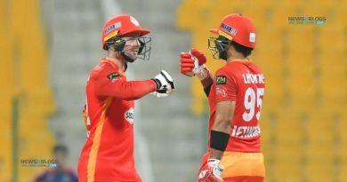 Islamabad United beat Karachi Kings by eight wickets