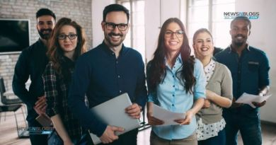 What Is the Best Way to Pay Small Business Employees?