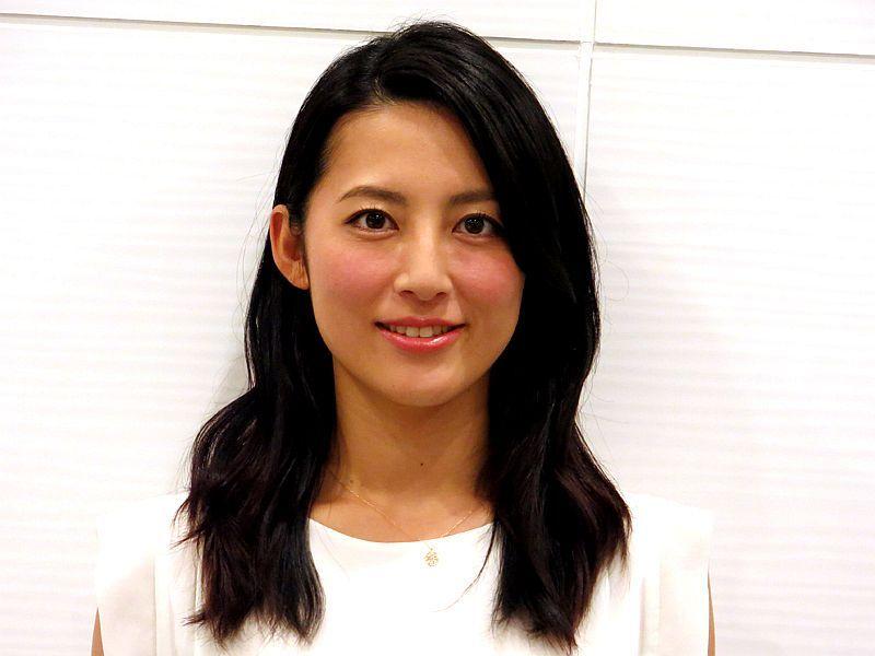 [写真:ヤフーニュース]綾瀬はるかさん、長澤まさみさんらのモノマネなどで一躍ブレイクした福田彩乃さん