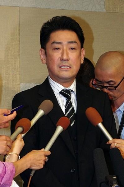 (写真:リアルライブ)不倫スキャンダル発覚で謝罪した中村橋之助