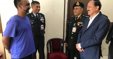 दिल्ली के आर्मी अस्पताल में अभिनंदन से मिले रक्षा राज्य मंत्री