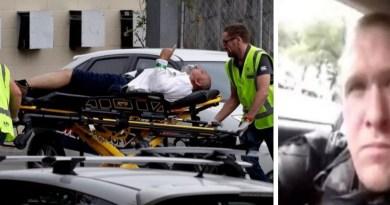न्यूजीलैंड के क्राइस्टचर्च में एक मस्जिद में अंधाधुंध फायरिंग कर 49 से जयादा लोगों को मौत के घाट उतारने वाला आतंकी ब्रेंटन टैरेंट अमेरिका के राष्ट्रपति डोनाल्ड ट्रंप को अपना हीरो मानता है।