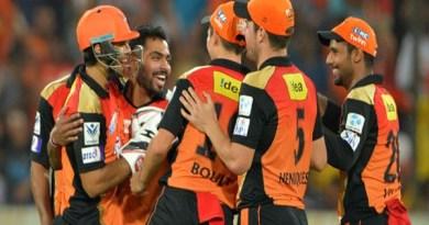 हैदराबाद ने दिल्ली को हराया
