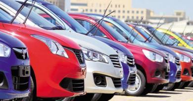 देश की सबसे बड़ी कार निर्माता कंपनी मारुति सुजुकी 2020 से डीजल कारें नहीं बेचेगी। कंपनी ने इसके लिए 1 अप्रैल 2020 की डेडलाइन तय की है।