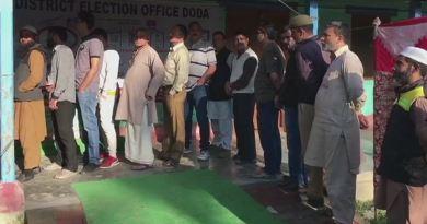 लोकसभा चुनाव के दूसरे फेज की वोटिंग खत्म हो गई है। 11 राज्यों और केंद्र शासित राज्य पुड्डुचेरी की 95 सीटों पर करीब 62 फीसदी मतदान हुआ।