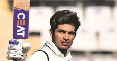 टेस्ट टीम में इस बार सेलेक्टर्स ने केएल राहुल की जगह पंजाब के युवा खिलाड़ी शुभमन गिल को मौका दिया है।
