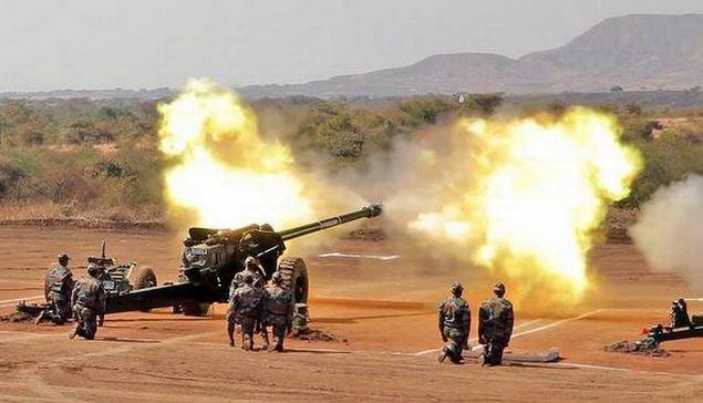 भारतीय सेना आज पाकिस्तान और उसके पाले हुए आतंकियों पर कड़ा प्रहार किया। सुरक्षा बलों ने जम्मू-कश्मीर के तंगधार सेक्टर में दो जवानों की शहादत का बदला लिया।
