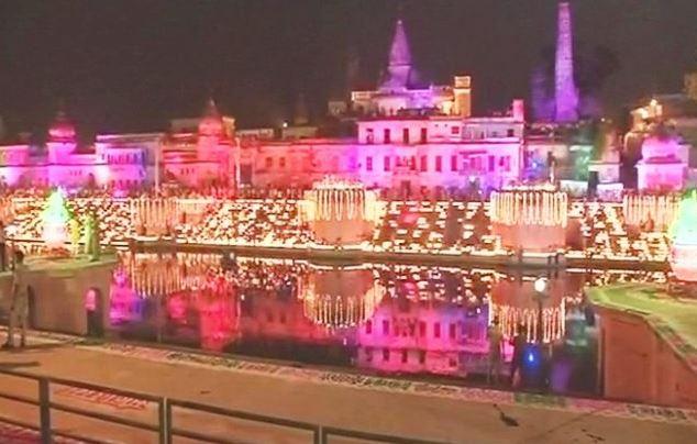 दीपावली से एक दिन पहले आज रामनगरी अयोध्या में दीपोत्सव मनाया जाएगा। यूपी सरकार का ये तीसरा दीपोत्सव कार्यक्रम है