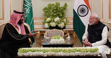 प्रधानमंत्री मोदी सऊदी अरब के दो दिनों के दौरे से भारत लौट आए हैं। लौटने से पहले उन्होंने सऊदी अरब में दुनिया के सामने भारत की आर्थिक तरक्की के भविष्य की पूरी रूप रेखा पेश की।