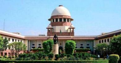 सुप्रीम कोर्ट ने अयोध्या भूमि विवाद पर ऐतिहासिक फैसला सुना दिया है। कोर्ट के फैसले के मुताबिक, विवादति स्थल पर राम मंदिर का निर्माण किया जाएगा।