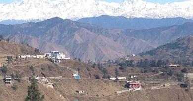 उत्तराखंड में एक बार फिर भूकंप के झटके महसूस किए गए हैं। भूकंप का केंद्र चमोली जिला था।