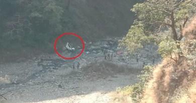 उत्तराखंड के टिहरी जिले के नरेंदनगर-रानीपोखरी मोर्टर मार्ग पर दिल दहला देने वाला सड़क हादसा हुआ है।