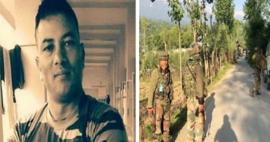चमोली के कर्णप्रयाग में रहने वाला गढ़वाल राइफल का जवान जम्मू-कश्मीर में शहीद हो गया। खबरों के मुताबिक जवान सुरेंद्र नेगी ऑन ड्यूटी हार्ट अटैक आने की वजह से शहीद हो गया।