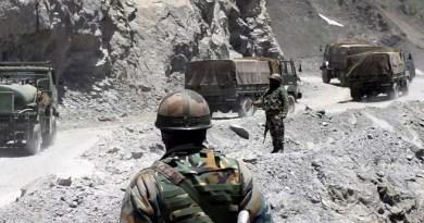 लद्दाख में भारत-चीन सीमा से बड़ी खबर सामने आई हैं। भारत और चीनी सैनिकों के बीच हिंसक झड़प में करीब 20 भरतीय सैनिक शहीद हो गए हैं, वहीं 43 चीनी सैनिक भी मारे गए हैं।