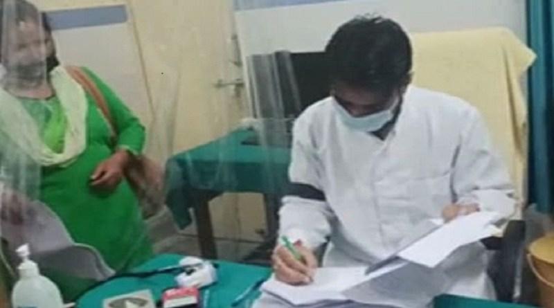 चमोली के थराली में अपनी अलग-अलग मांगों को लेकर डॉक्टरों ने विरोध जाताया। प्रदेश चिकित्सा स्वास्थ्य सेवा संघ उत्तराखंड की अपील पर डॉक्टर्स ने काली पट्टी बांधकर अपना विरोध दर्ज कराया।