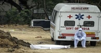उत्तराखंड के इन जिलों में हुआ कोरोना 'विस्फोट', 24 घंटे में 831 लोग मिले पॉजिटिव, 12 ने गंवाई जान