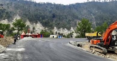 ऑलवेदर रोड के चौड़ीकरण मामला: मुआवजा ना मिलने से व्यापारियों में आक्रोश, दी आंदोलन की चेतावनी