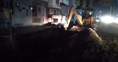 हरिद्वार के रानीपुर मोड़ के मातृछाया अस्पताल के पास नाला निर्माण के दौरान हादसा हुआ है। एक मकान की दीवार गिर गई है। बीती रात को ये हादसा हुआ।