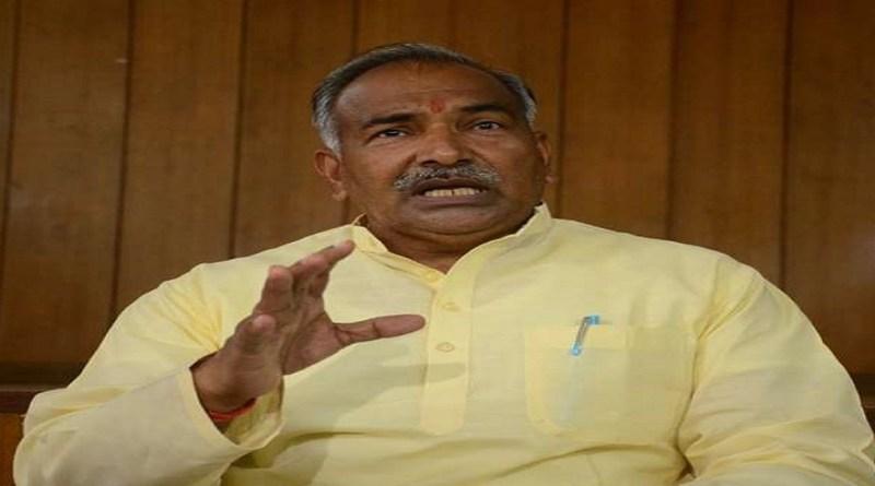 पिथौरागढ़ जिले के प्रभारी मंत्री अरविंद पांडे ने कहा कि सरकार आपदा में प्रभावितों के लिए स्थाई पुनर्वास नीति पर काम कर रही है।