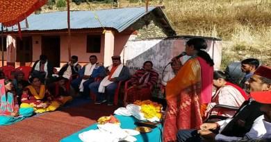 उत्तरकाशी के भटवाड़ी ब्लॉक प्रमुख विनीता रावत साल्ड न्याय पंचायत के ज्ञानजा और साल्ड गांव में लोगों से संवाद दिया।