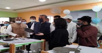 चंपावत में मुख्यमंत्री सीएम त्रिवेंद्र सिंह रावत ने शनिवार को लोहाघाट ग्रोथ सेंटर का उद्घाटन किया। इस मौके पर उन्होंने इसकी अहमियत बताई।