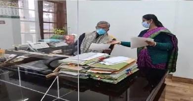 पिथौरागढ़: हवाई सेवा शुरू करने की कवायद तेज, सीएम त्रिवेंद्र से मिलीं एमएलए चंद्र पंत