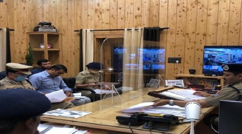 प्रदेश में अपराधों को लेकर डीजीपी अशोक कुमार ने जिले के कप्तानों से सख्त नाराजगी जताई।
