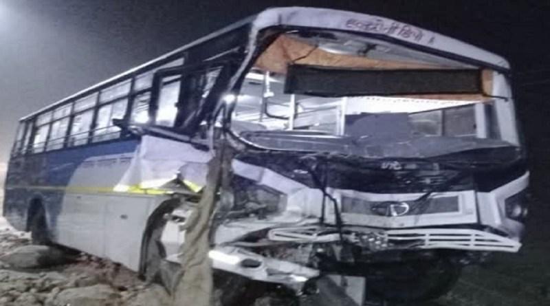 दिल्ली से हल्द्वानी आ रही बस मुरादाबाद में हुई हादसे का शिकार, 16 यात्री घायल, मच गई चीख पुकार